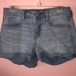Old Navy Jean Shorts size:4